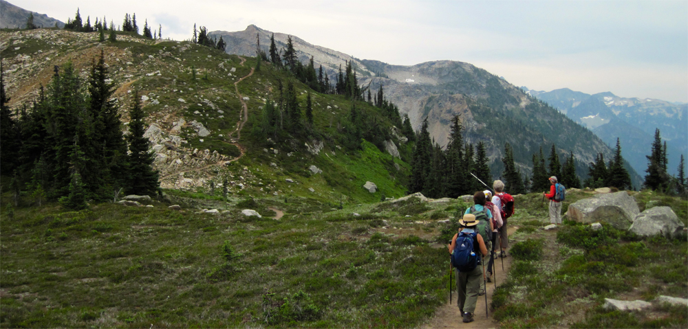Approaching Maple Pass